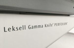 Leksell Gamma-Knife Perfexion Schriftzug